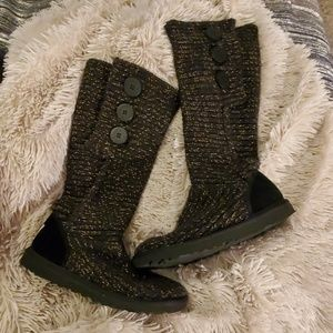 Black & gold knit Cardy UGG boots size 6